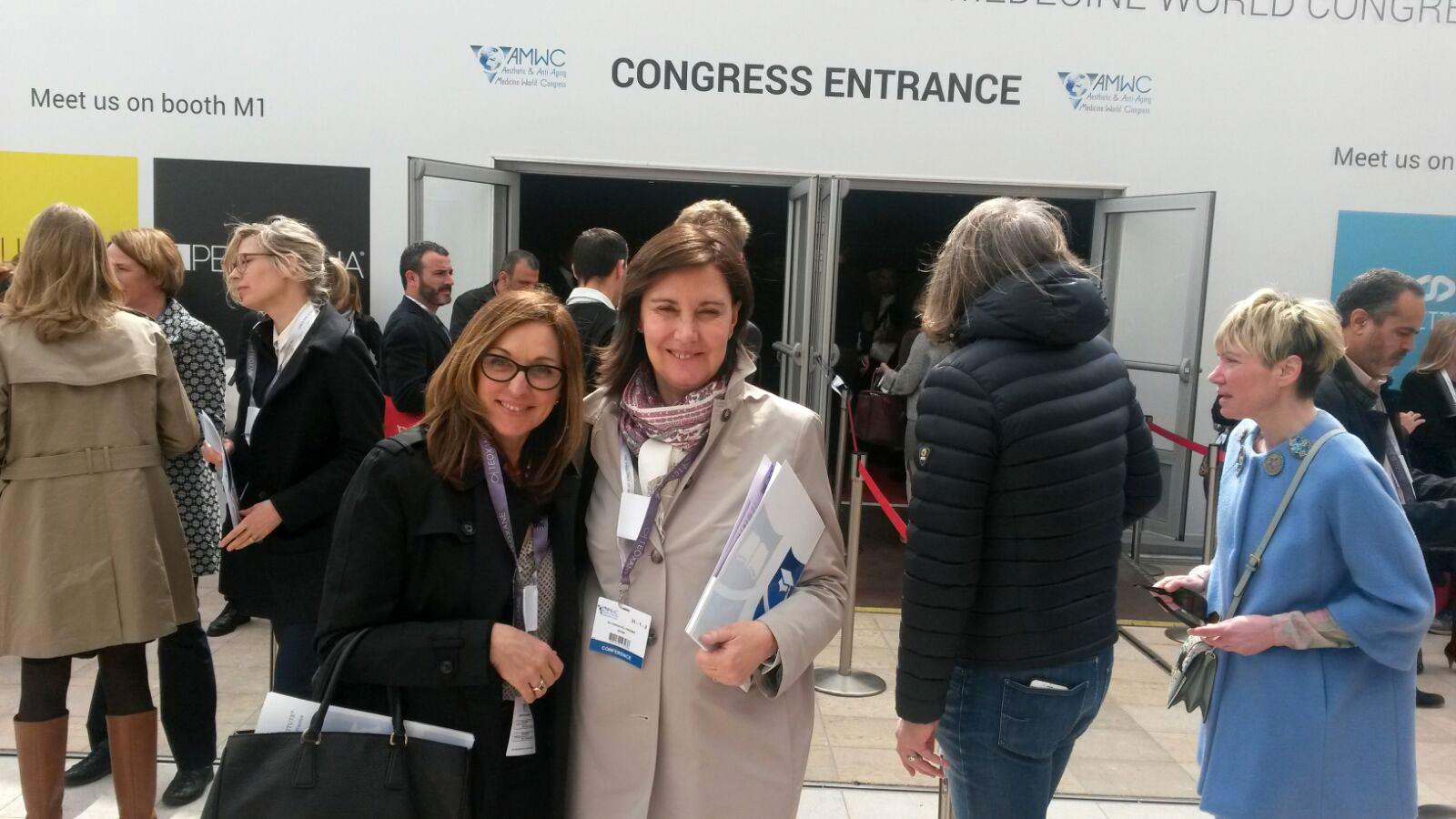 Congreso-en-Monaco-1-Dra-Villanueva-con-la-Dra-Escoda
