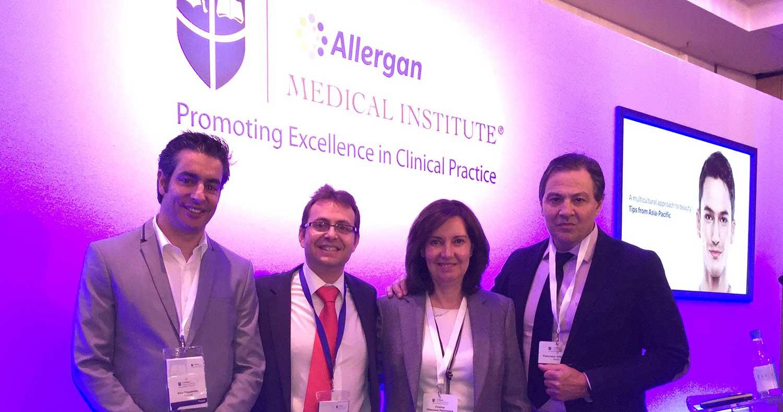 La-Dra-Villanueva-con-el-Dr-Figueredo-Juan-Pedro-Franco-y-Dr-Ortiz-Londres-2016